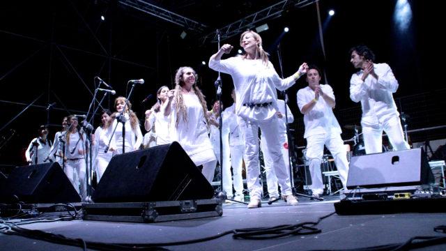 bandita-on_stage-festapopoli-06-2014-01